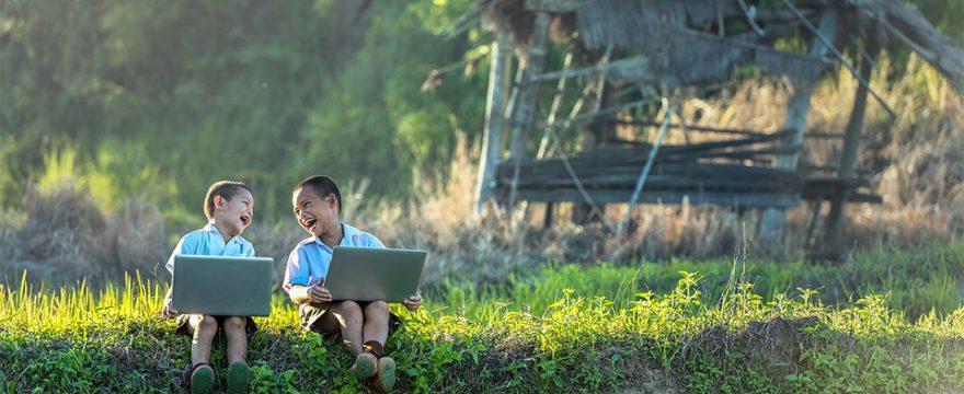 40+ Christian, Family, and Children's Finance Blogs